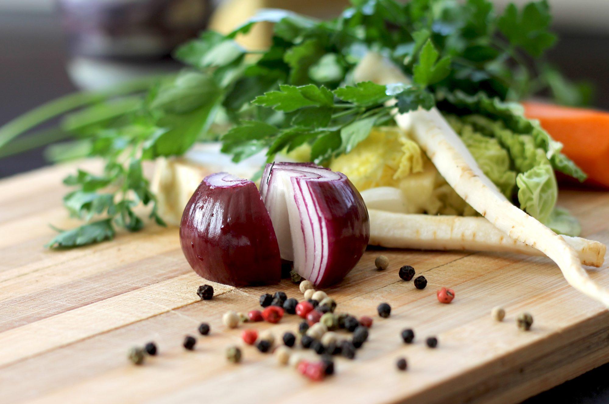cutting board, onions